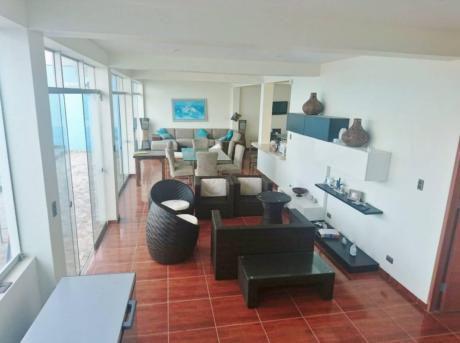 Hermosa Casa De Playa De A. C. 410 M2 Con Piscina En La Mejor Zona De Punta Negra