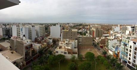 Vendo Penthouse Duplex 10°piso Urb. Hortencias De California - Trujillo
