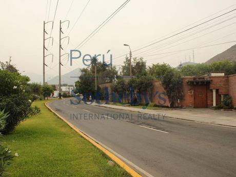 Estupendo Terreno En La Av Alameda El Corregidor Apropiado Para Condominio