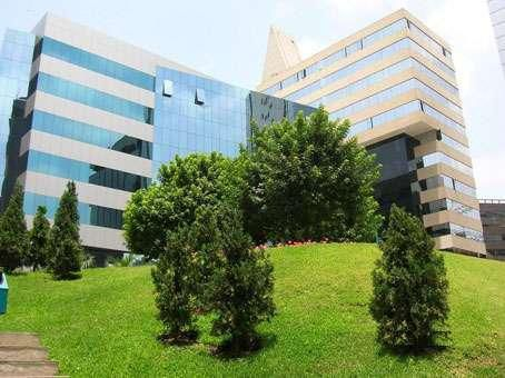 Alquilo Oficina Implementada En Centro Empresarial De San Isidro