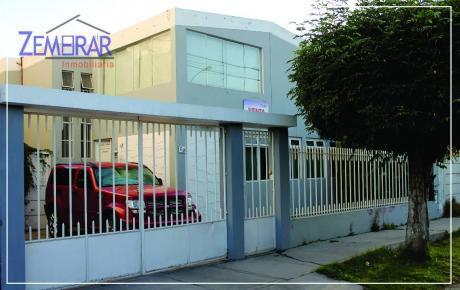 En Venta Casa Ideal Empresas Cerca A Bancos La Negrita - Cercado!