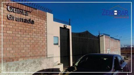 En Venta Terreno Residencial En Zona Exclusiva Y Quinta Privada De Cayma.