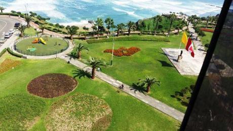 Venta De Amplio Departamento En Malecón Cisneros - Miraflores - Negociable