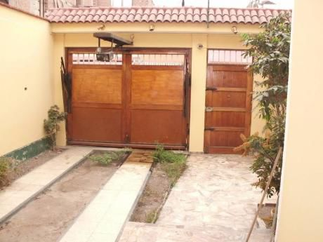 Remato Casa En Lima Limite Con Pueblo Libre