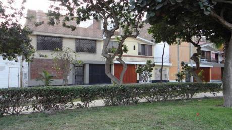 Casa En La Calera, Alt. 42 De Aviación - Surquillo
