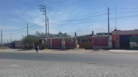 Vendo Construccion Comercial - Coliseo De Gallos Socabaya