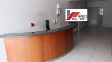 Exclusivo Departamento 2do Piso Con Terraza Chorrillos Vista Panorámica Al Mar.