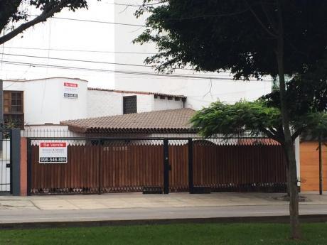Casa Como Terreno Av Manuel Villarán En La Aurora