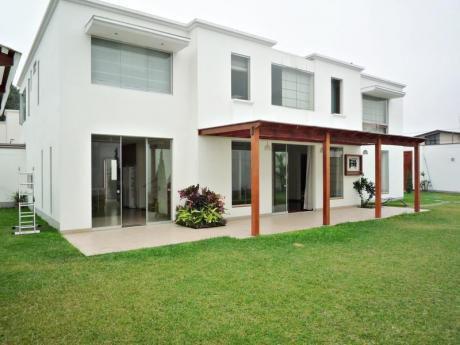 Casa En Alquiler Moderna Y Funcional En Camacho - La Molina