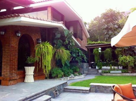 Ocasion, Las Lagunas, La Planicie, De 04 Dorm 1,200 M2. At. Cel.