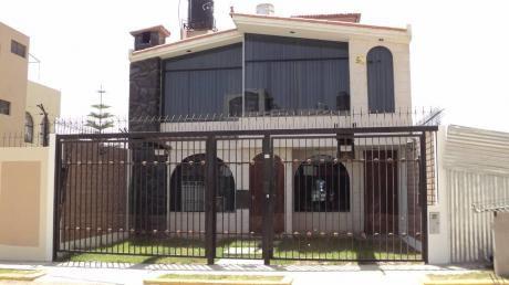 Alquilo Casa En Urb. Quinta El Sol