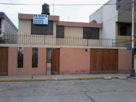 Vendo Casa Yanahuara - Urb. Los Claveles