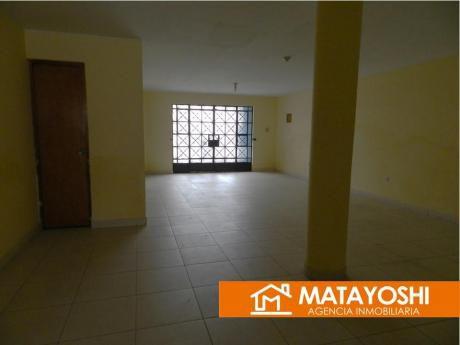 Vendo Casa Ideal Para Local Comercial En San Juan De Miraflores, En Av Canevaro
