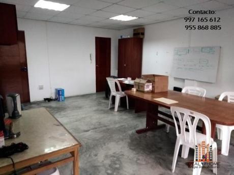 Alquilo 2 Oficinas Centricas Cerca Open Plaza - 35 M2 Y 65
