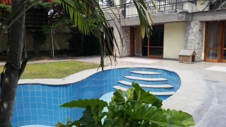 !venta De Casa Camacho 1,050 M2 En Condominio Cerrado!