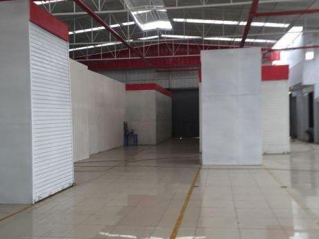 Se Venden Locales Dentro De Galeria En El Cercado De Lima