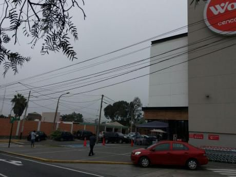 Alquilo Local Bien Ubicado Frente A Wong En La Molina