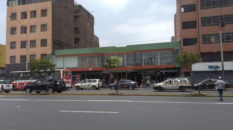 Oportunidad!venta De 3 Tiendas En Centro Comercial En Av Abancay (id59198)