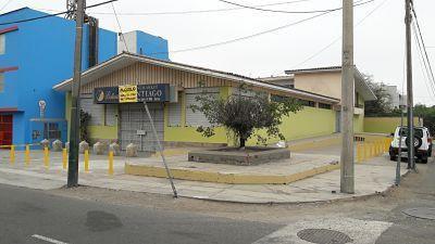 Local/terreno Comercial De Gran área En Excelente Ubicación Frente A Panam. Sur