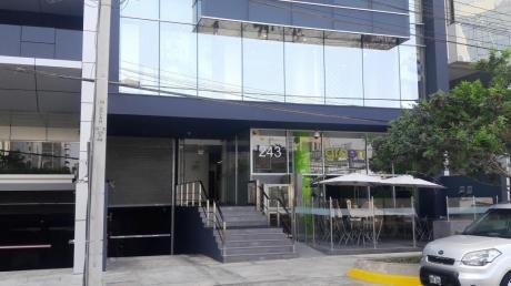 Funcional Oficina Amoblada Y Equipada En El Centro Financiero De San Isidro