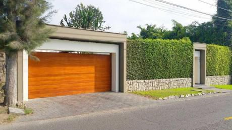 ¡amplia Y Hermosa Casa 1080 M2 En El Cascajal, Surco - Alquiler!