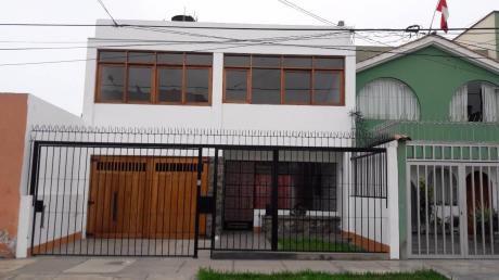 ¡linda Casa De 3 Plantas En Calle San Marcos, Pueblo Libre – Venta!