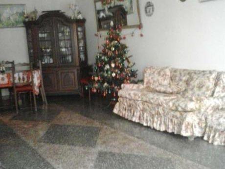 Casa En Venta Calle La Genovesa - Los Cedros - Chorrillos