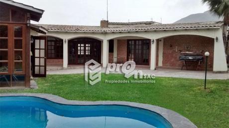La Molina Vieja – Casa De Estilo Rústico Cerca Al Molina Plaza