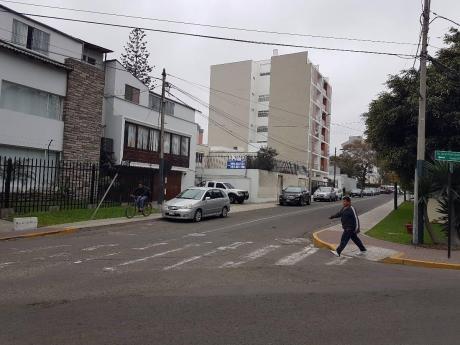 Casa Como Terreno En Venta En San Isidro