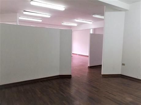 Oficina Comercial Implementada 90 M2