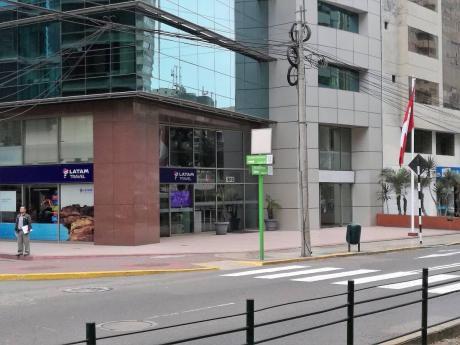 Local Comercial 86 M2 Alto Tránsito Peatonal Y Comercial
