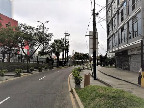 Local Comercial 326 M2 Zonificación Comercio Metropolitano