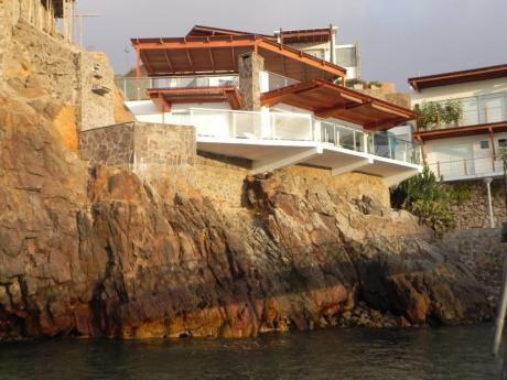 Hermosa Casa De Playa Pucusana