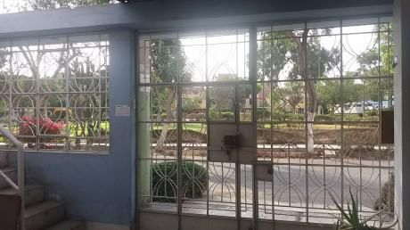 Vendo Casa Frente A Parque Urb. San Agustin - Comas