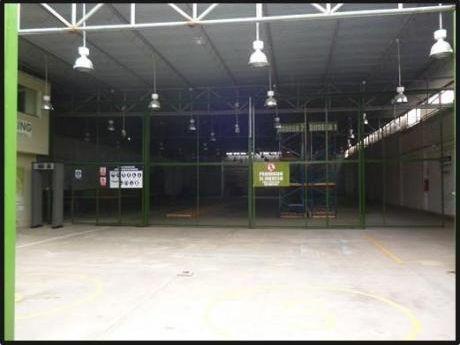 Alquilo Local Industrial 1,000 M2 Con Nave, Loza Y Oficinas - Los Olivos