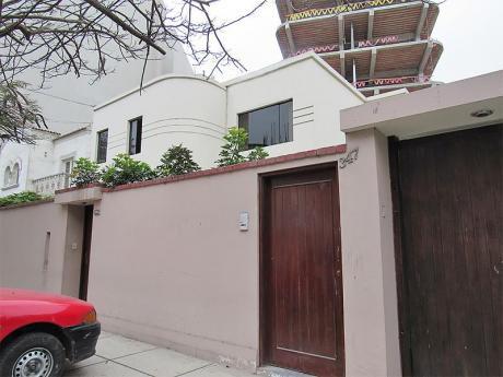 Casa Como Terreno Para 7 Pisos, Excelente Zona De San Isidro