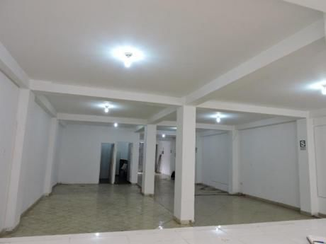 Excelente Y Amplio Local De 200 M2 Inmejorable Zona - Costado Megaplaza Cono Norte