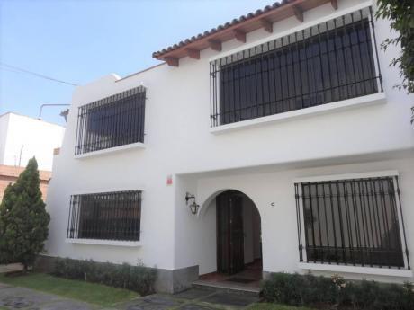 Linda Casa En 1era Etapa Sol De La Molina En Us$485,000
