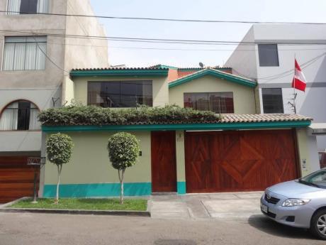 Excelente Casa De 4 Dorm. En $1100 En Molina