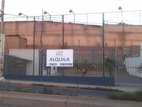 Alquilo Local Altamente Comercial Av Alfonso Ugarte