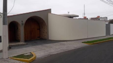 Venta De Casa Urb. San Fernando, Trujillo, La Libertad
