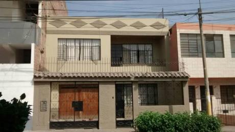 Casa - Urb. Elio (ca. Luis Montero)