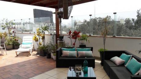 Excelente Duplex Con 4 Dorm., 3 Baños Y 2 Cocheras Paralelas En San Borja