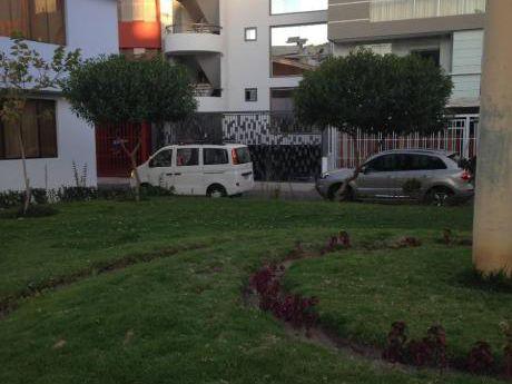 Vendo Lindo Dpto Frente Al Parque En Urb Privada En La Calle Los Arces - Cayma