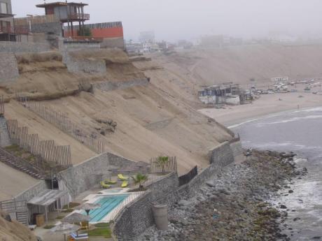 único Terreno De Playa Con Vistas Dominantes Sobre La Bahía Del Silencio