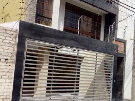 Excelente Departamento En Venta En Calle Valle Riestra: Trujillo