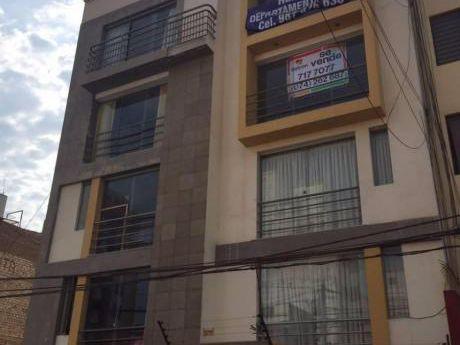 Lindo Departamento En Calle Los Girasoles: Trujillo