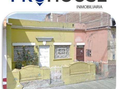 Remato: Casa/terreno Urb. Santa María At. 345 M2 A Un Paso Av España