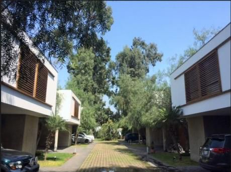 Casa En Venta En Condominio.