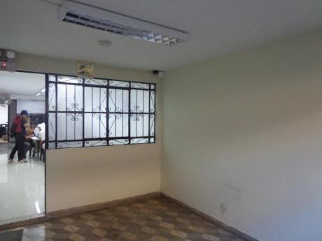 Re/max Vende Casa Taller + Oficina En San Martín De Porres